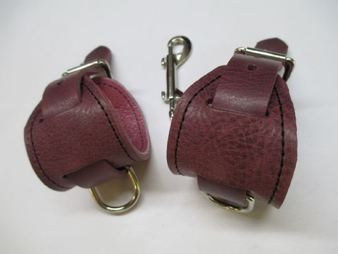 Clearance - Pair of  Plum/Pink Coloured Leather Wrist Restraints (AB3)